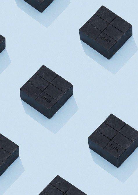 PORE GENTLE BLACK CHARCOAL SOAP